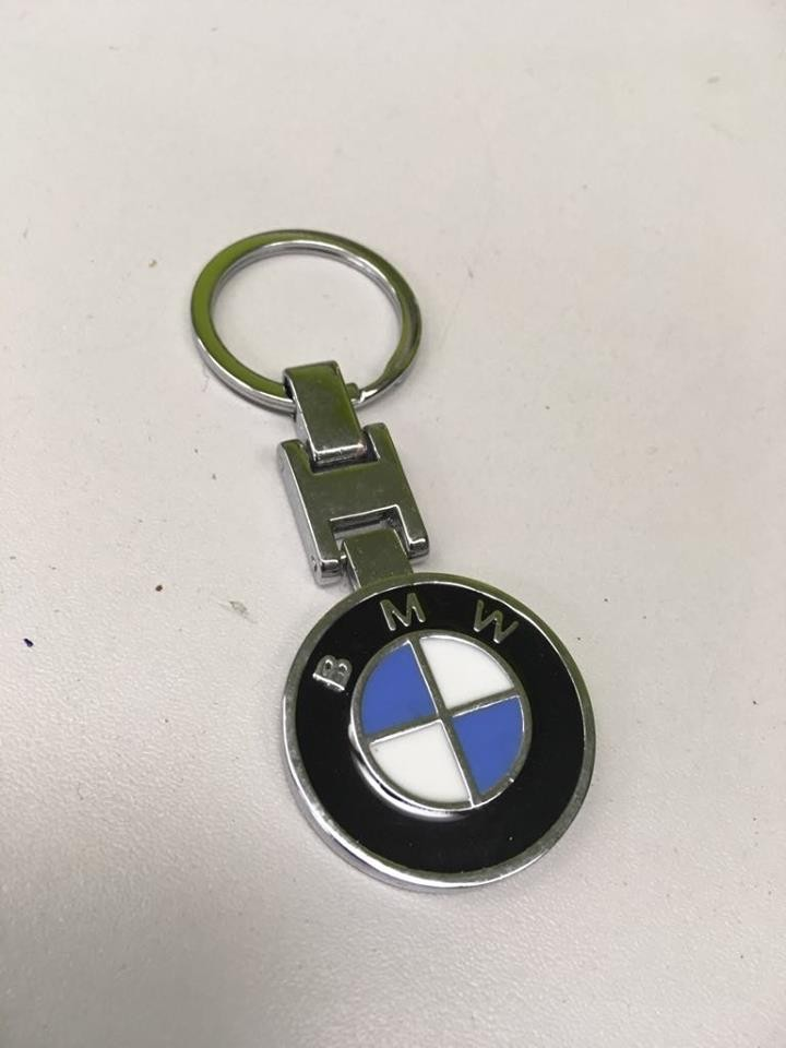 Prívesok na kľúče - s logom BMW  bdaaabea187