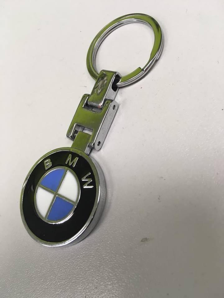 Prívesok na kľúče - s logom BMW  c0c61794b9b
