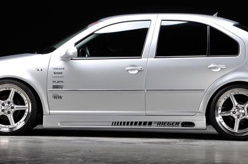 32fe44fbbb35 VW BORA - Sada bočných prahov s prelisom