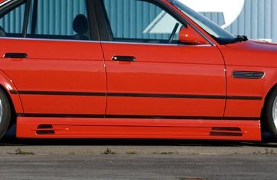 8fe1c591e1d3 BMW E34   Rada5   - Sada bočných prahov s 2 prelismi